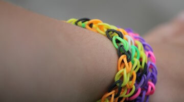 Friendship Bracelets at Sleepovers