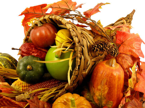 Traditional Thanksgiving Decorations for Your Home. Thanksgiving Cornucopia