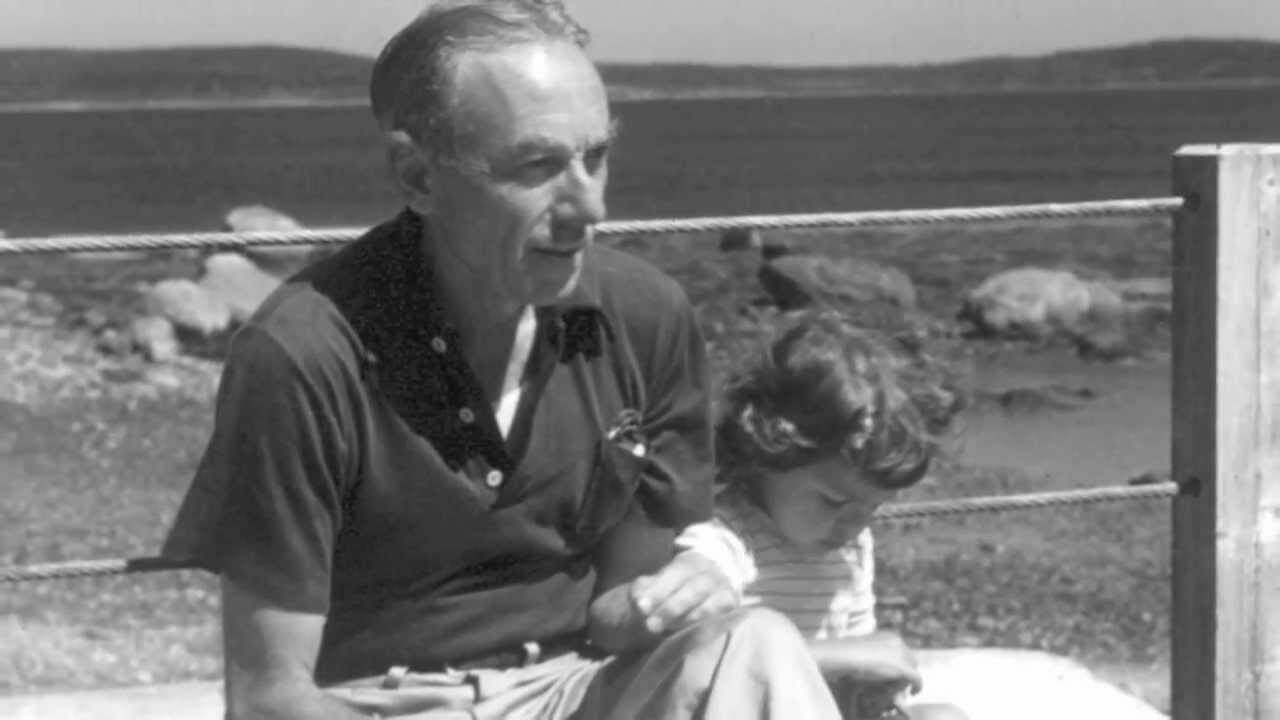 e b white essay about his pig Get an answer for 'in theessay once more to the lake, white desribes the lake house as a is to read the essays of eb white beloved pig, his.